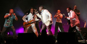 Earth, Wind & Fire-Bank Of America Pavilion
